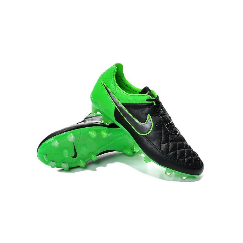 newest b119e fcc57 Nike Football Boots For Men - Tiempo Legend V FG Green Black