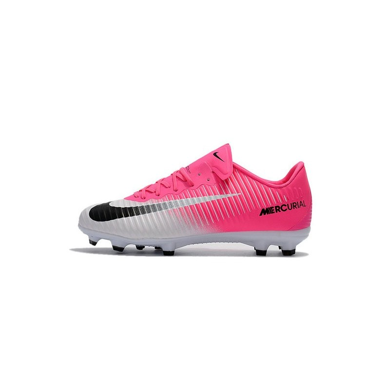 Nike football boots mercurial white