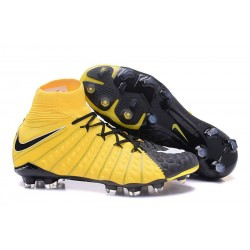 Nike Mens Hypervenom Phantom 3 Dynamic Fit FG Soccer Cleat Yellow Black