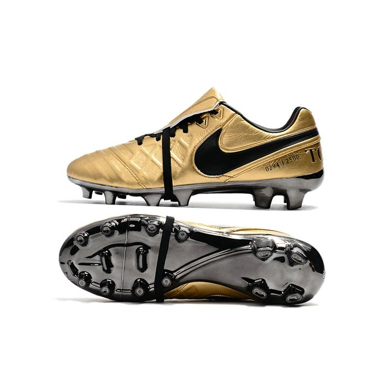 best sneakers 32552 e481d Nike Tiempo Totti X Roma Limited Edition Boots Gold Black