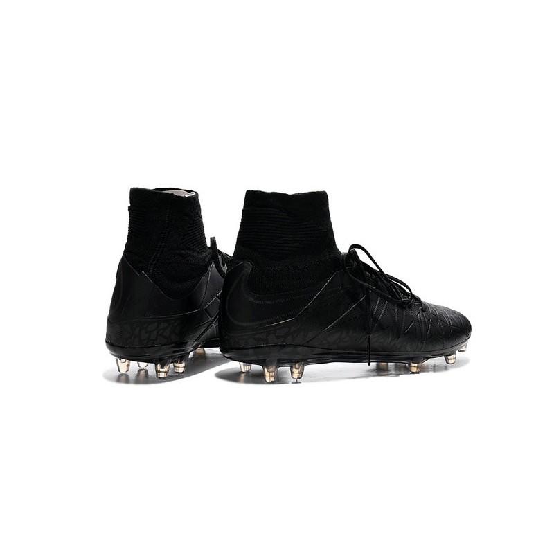 Nike Hypervenom All Black Nike Hypervenom 2 Phan...